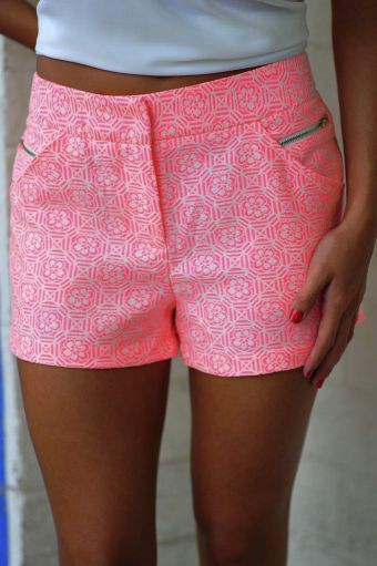 "alt=""pink j crew shorts"", alt=""pink and white print shorts"", alt=""preppy shorts"""