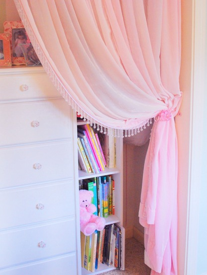"alt=""a preppy apartment on a budget"", alt=""door curtain"""
